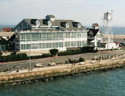 PhotoSPykE at Harrison's Harbor Watch Restaurant