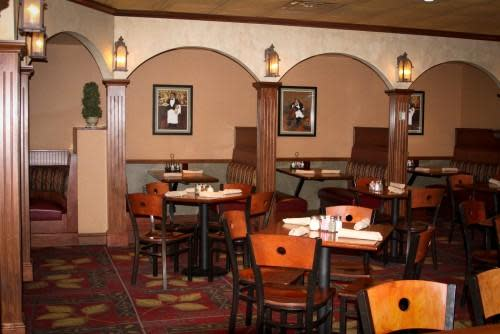 Pasquale 39 s italian restaurant menu reviews east for Aurora italian cuisine