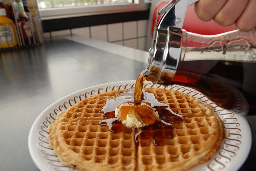 PhotoSPEYi at Waffle House