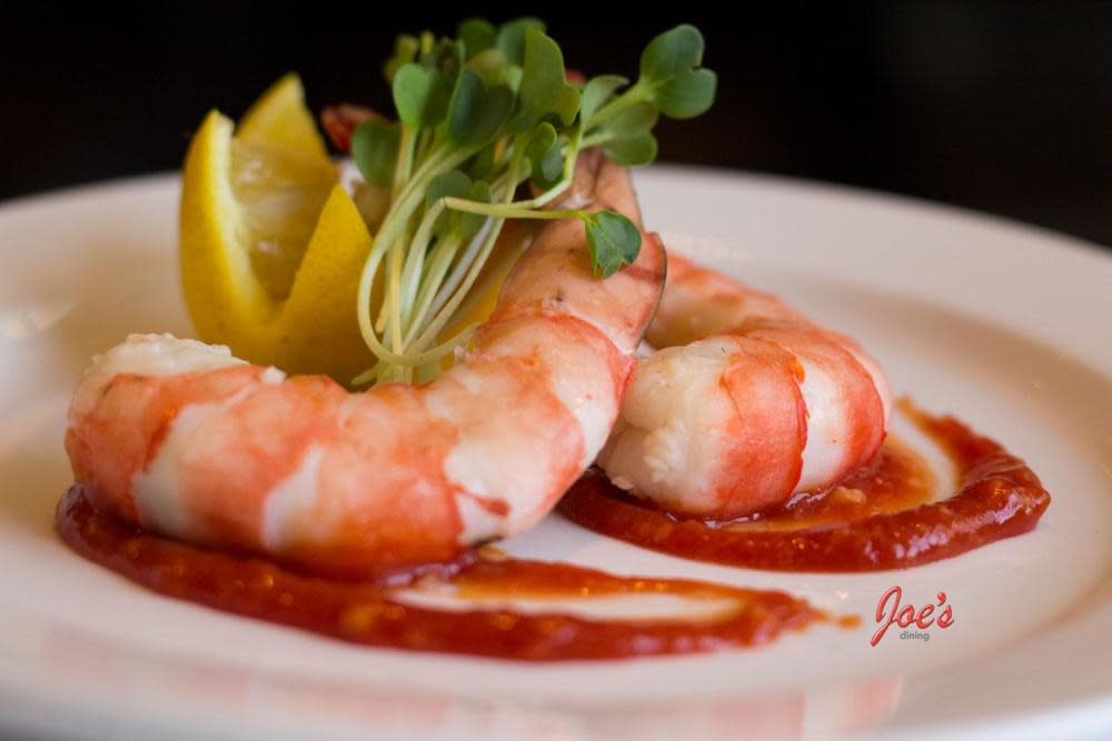 Jumbo Tiger Shrimp Cocktail, these are 2 huge 8/12 Shrimp or Prawns if your from the UK