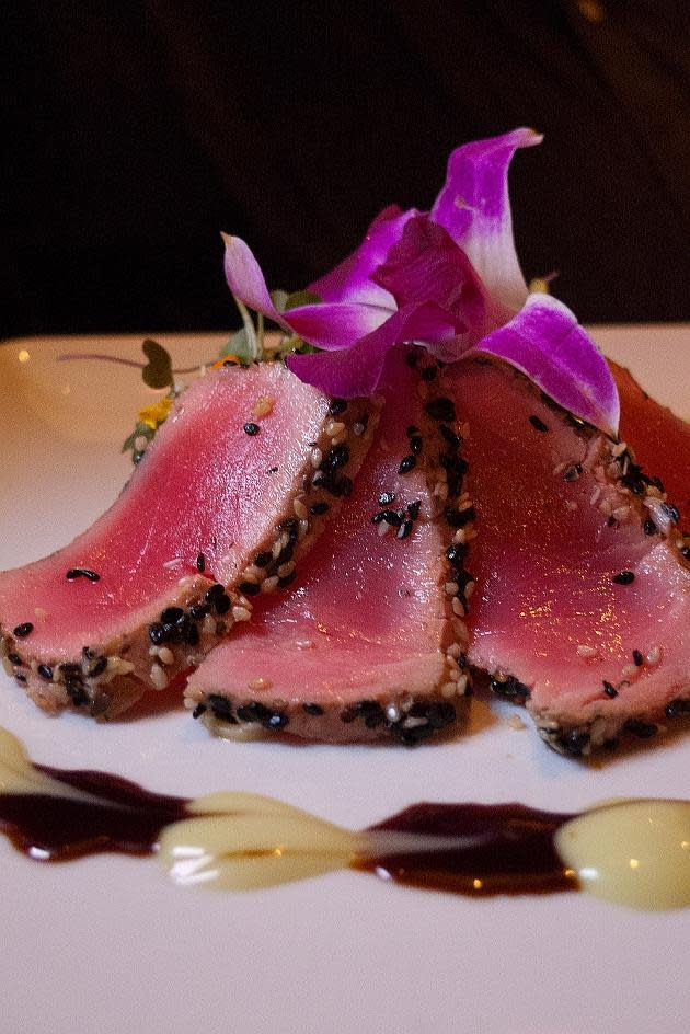 Sesame Ahi Tuna at Cafe L'Europe