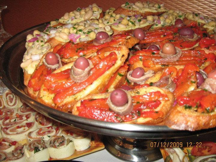 Tolli S Apizza Restaurant East Haven Ct