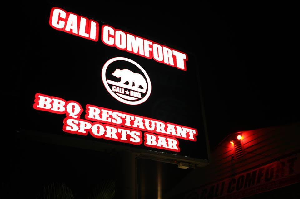 Cali Burger Photo By Calicomfort On 11 18 2011 5 70