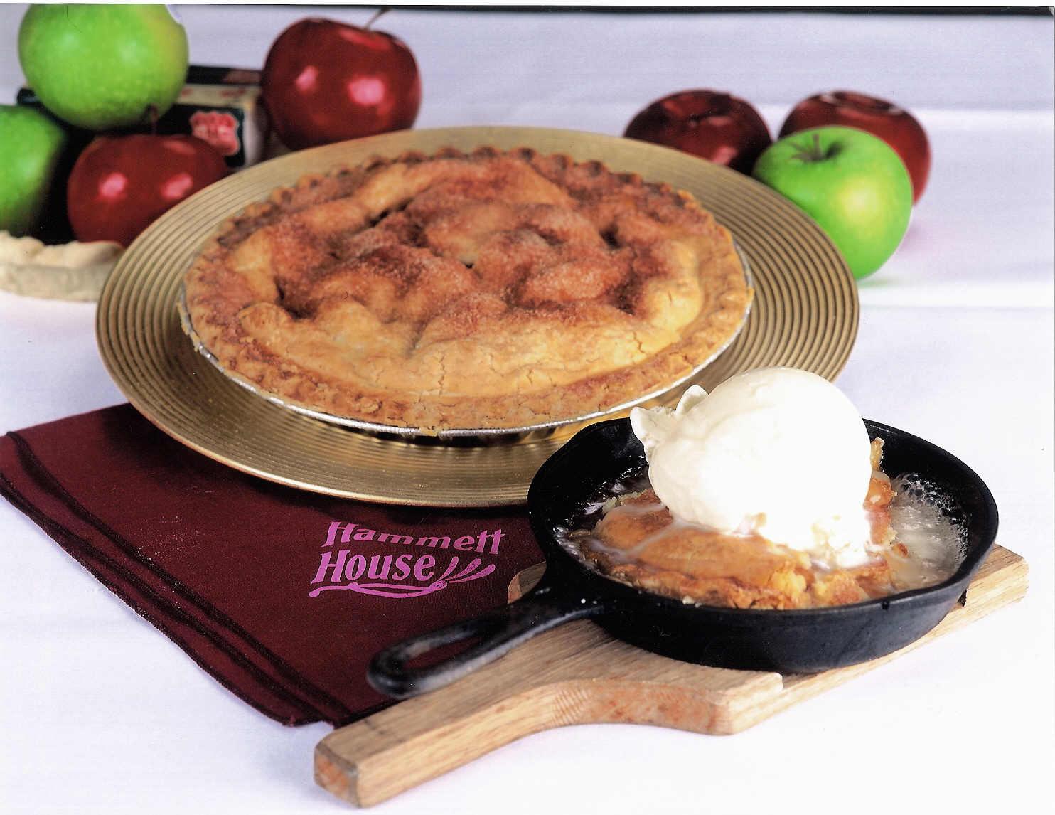 Sizzlin' Apple Delight! at Hammett House Restaurant