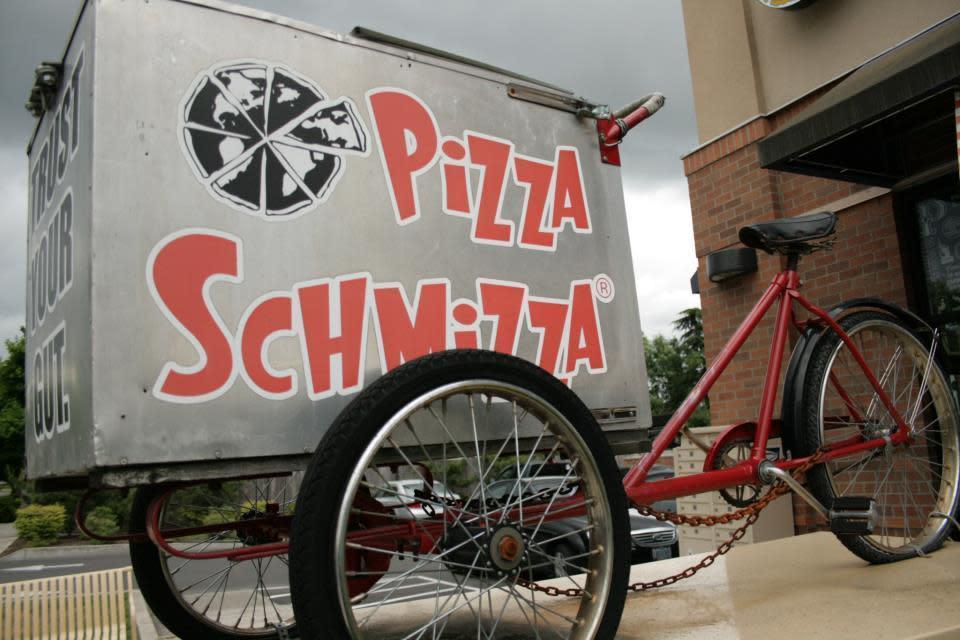Pizza schmizza cedar hills beaverton or 97005 menus for Aroy thai cuisine portland or