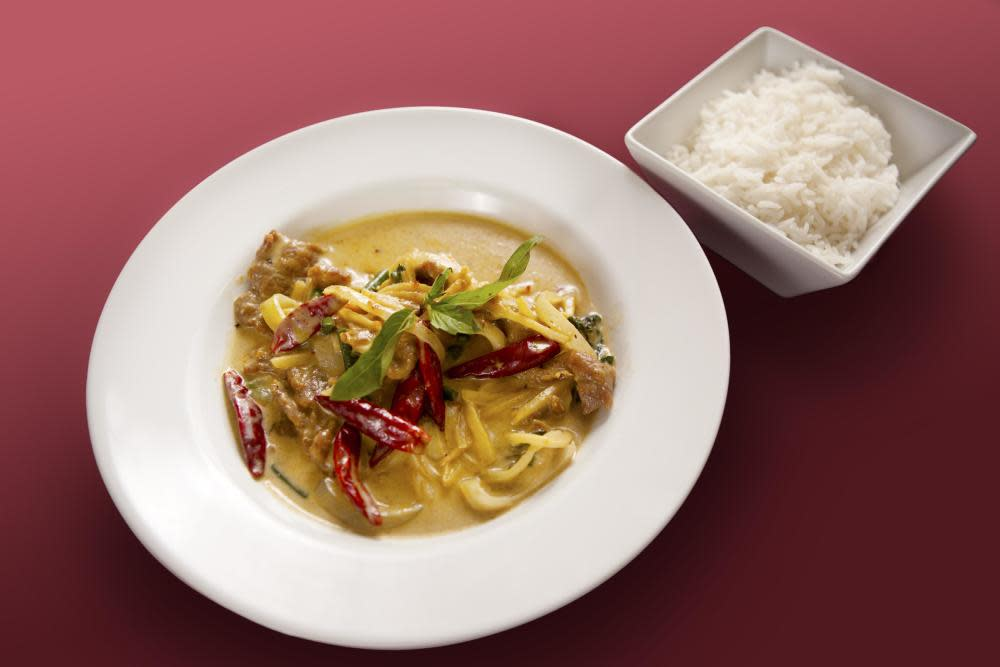 Red Curry with Chicken, Level 4 - Asian Spicy.
