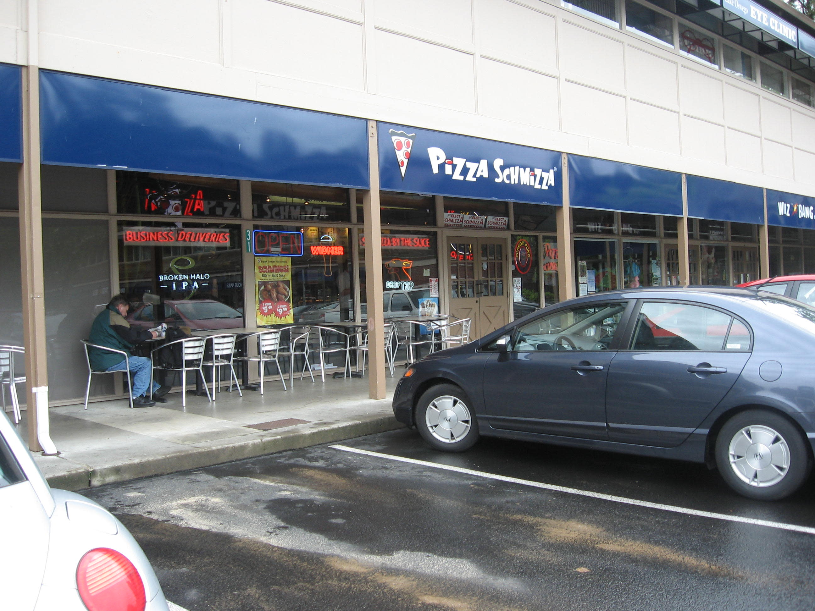 Pizza schmizza lake oswego or 97034 menus and reviews for Aroy thai cuisine portland