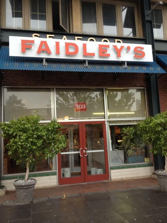 fs_image_4f9c6d3fe4b0d8e622c740d1 at Faidley's Seafood