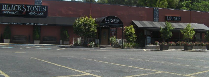 BlackStones Reef & Grill