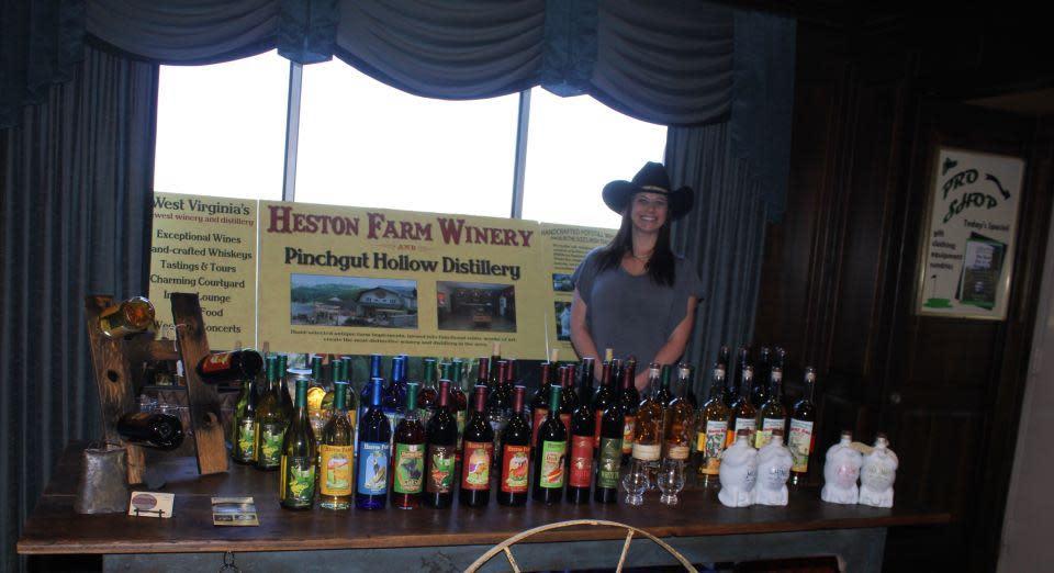 PhotoSPwmw at Foxfire Restaurant at Heston Farm Winery