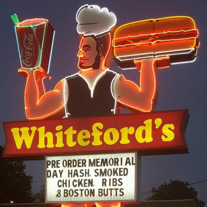 Photo at Whiteford's Giant Burger