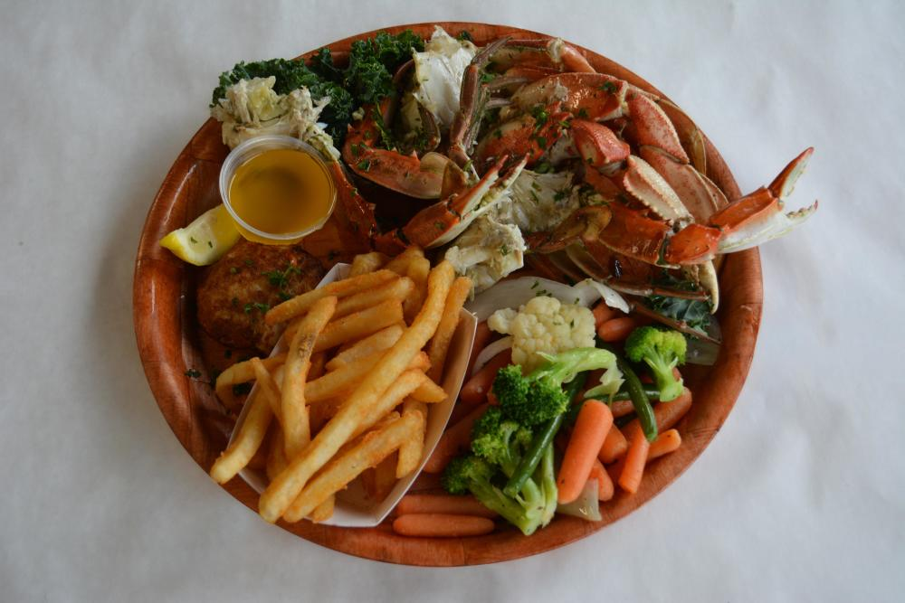Wednesday | Crab Combo Platter Photo