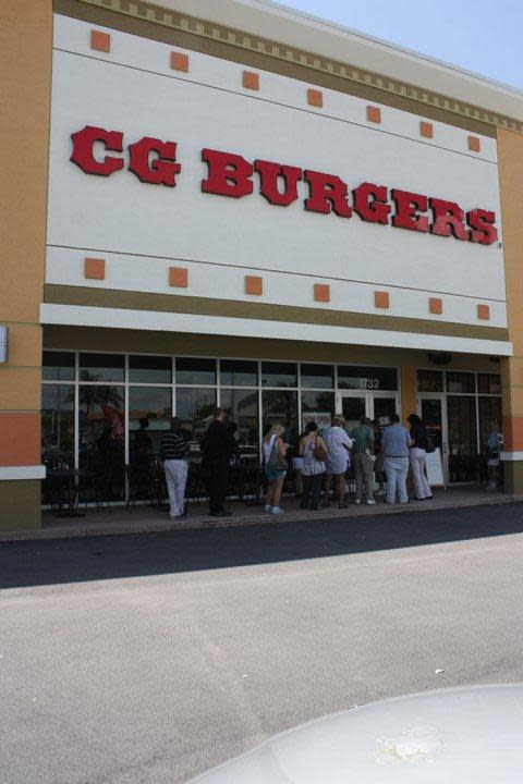 PhotoSPxd1 at CG Burgers West Kendall at The Palms Town & Country