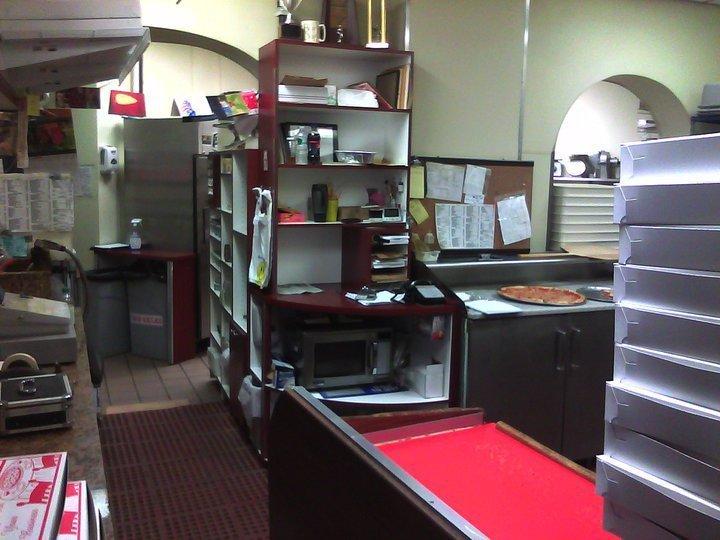 PhotoSPt9w at Carmine's Pizzeria and Restaurant