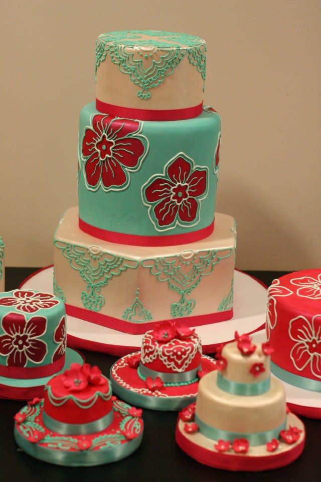 White flower cake shoppe menu reviews beachwood 44122 image at white flower cake shoppe mightylinksfo
