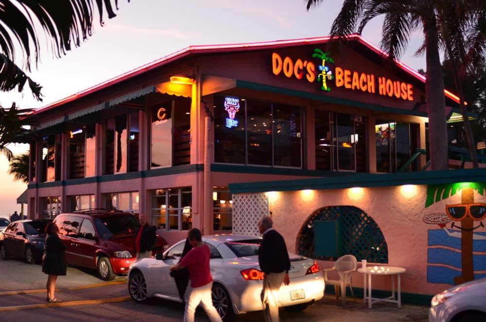 Docs Beach House Restaurant Menu Amp Reviews Bonita