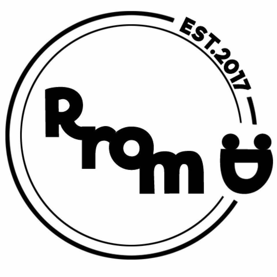 Photo at RromD
