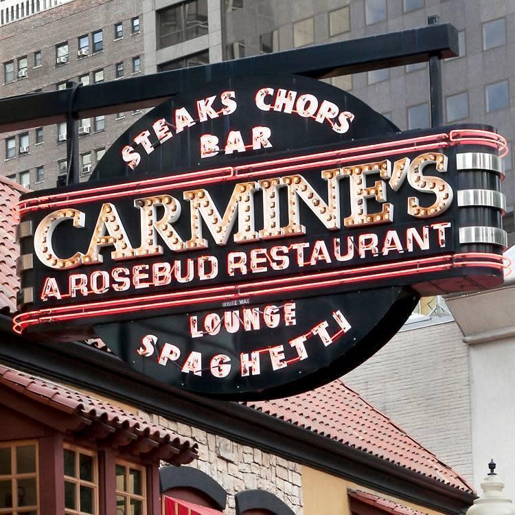 Carmine S Restaurant Chicago