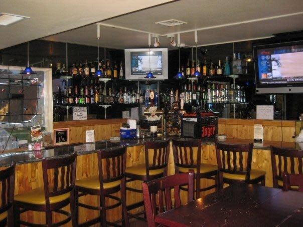 Bar Area at Camillos Italian Restaurant