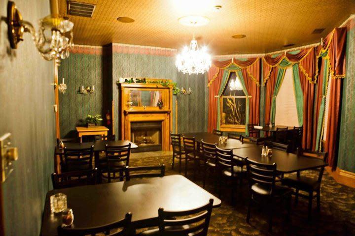 Photo At Panzarottiu0027s Hamilton House Restaurant U0026 Bar