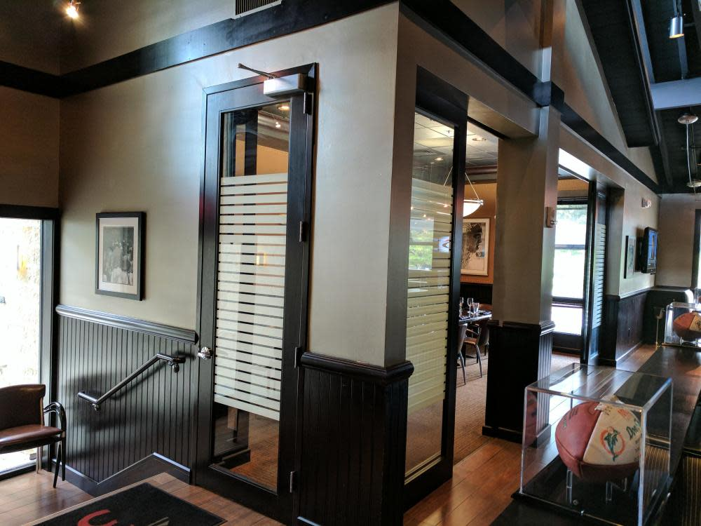 Private Dining - Coaches Corner (View from Outside of Room) Photo 39