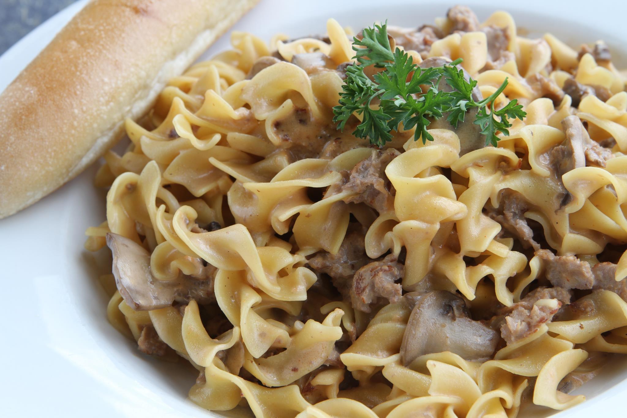 Newman\'s Pasta Cafe - Order Online + Menu & Reviews - 2559 S 171st ...