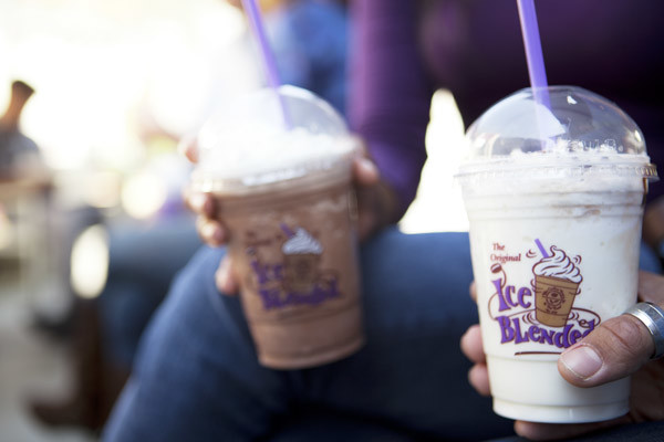 PhotoSPnLN at The Coffee Bean & Tea Leaf