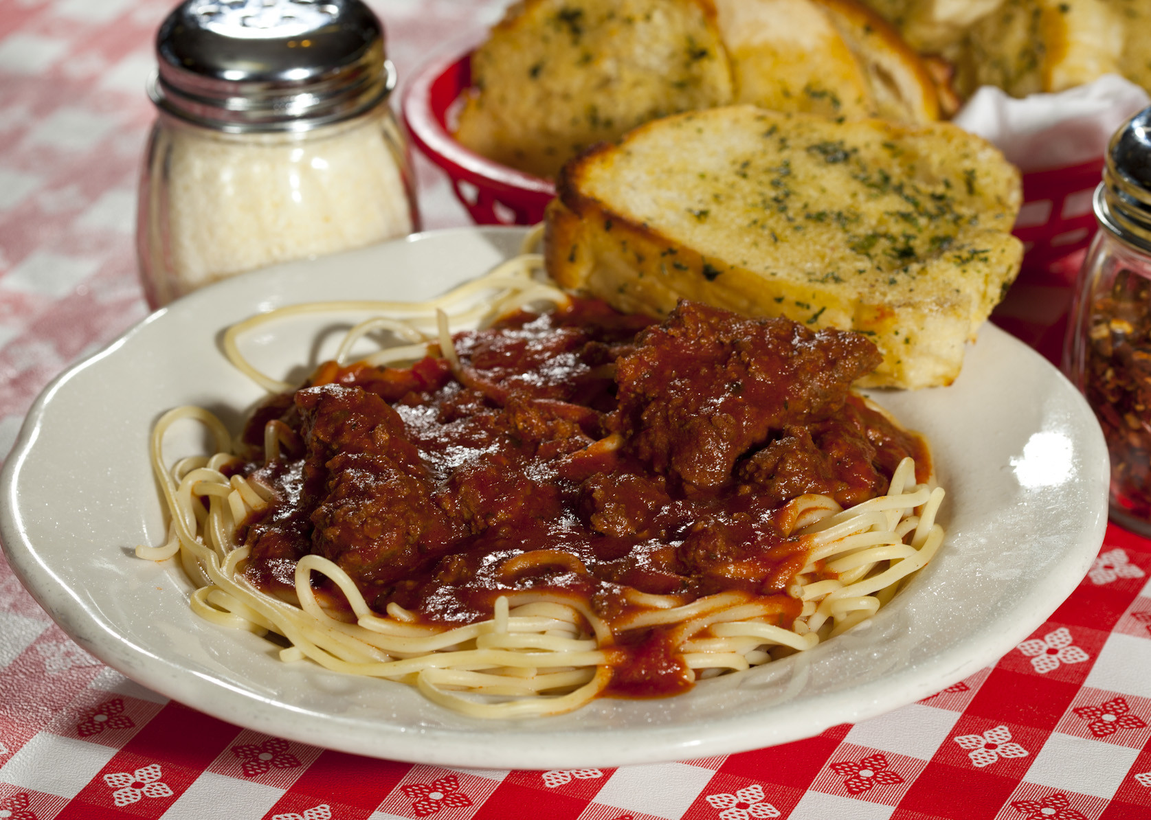 SMALL SPAGHETTI W/ MEAT SAUCE at Notini's Restaurant