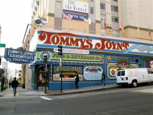 Photo at Tommy's Joynt