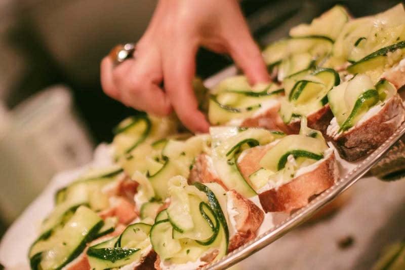 mimi s hummus order online pita restaurant gramercy park 245