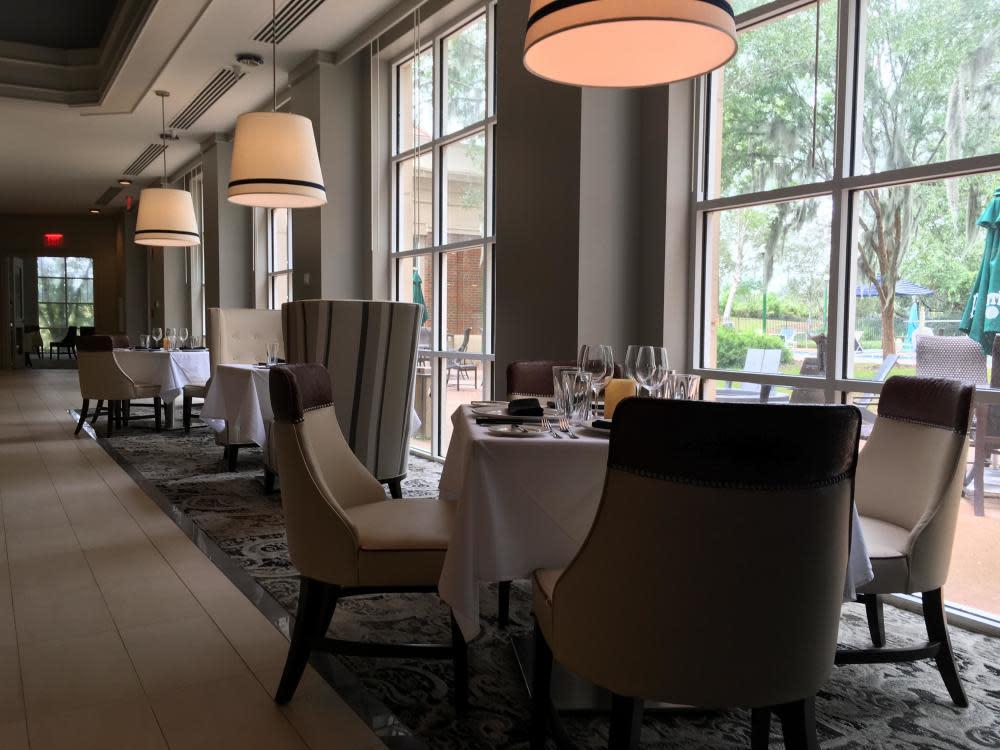 Main Dining Room Photo 42