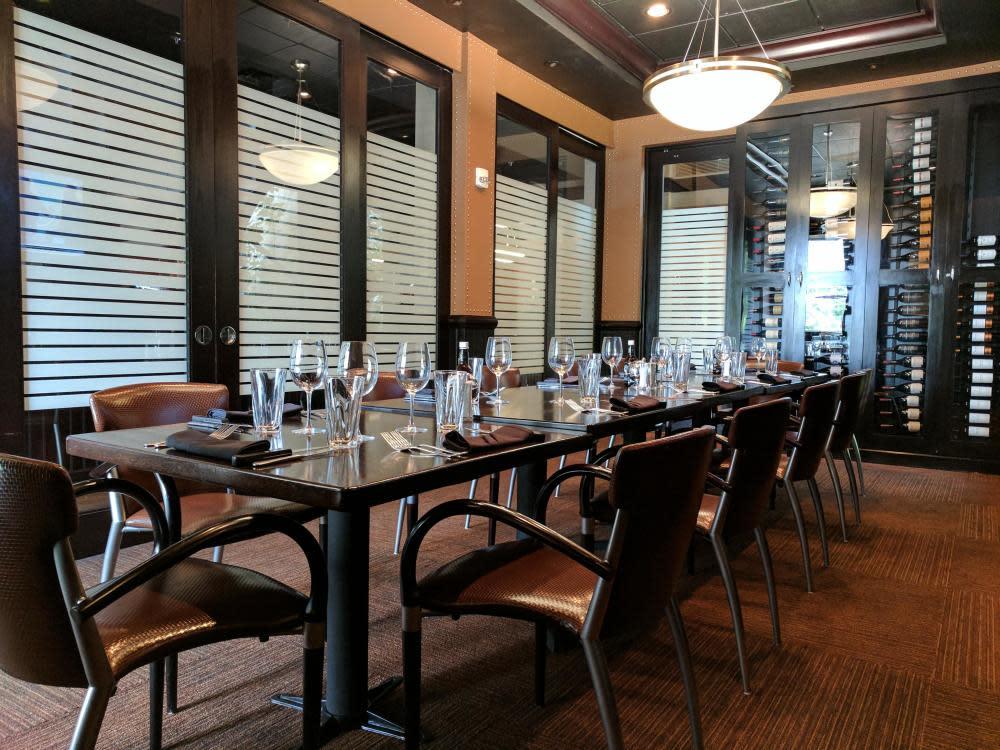 Private Dining - Coaches Corner Room Photo 35