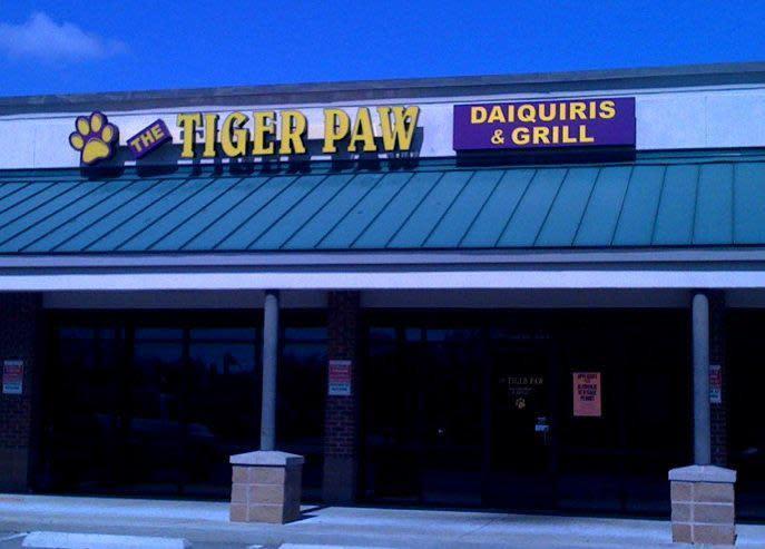 tiger paw at Tiger Paw Daiquiri & Grill