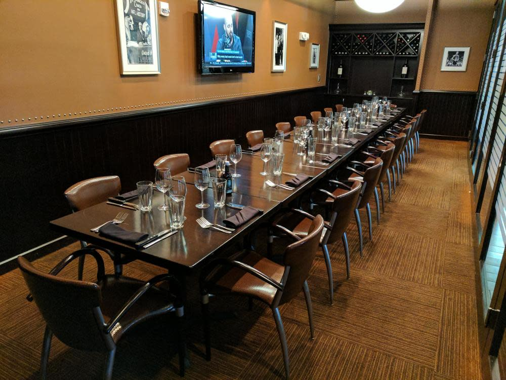 Private Dining - Winning Edge Room Photo 37