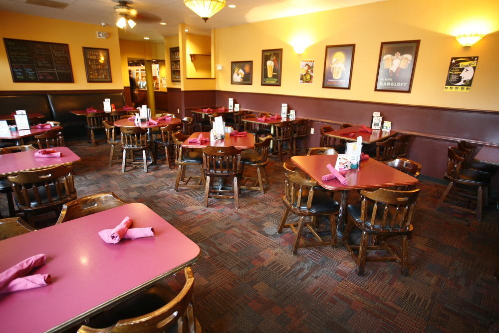 PhotoSPQ4m at Sharp Edge Restaurant & Bar