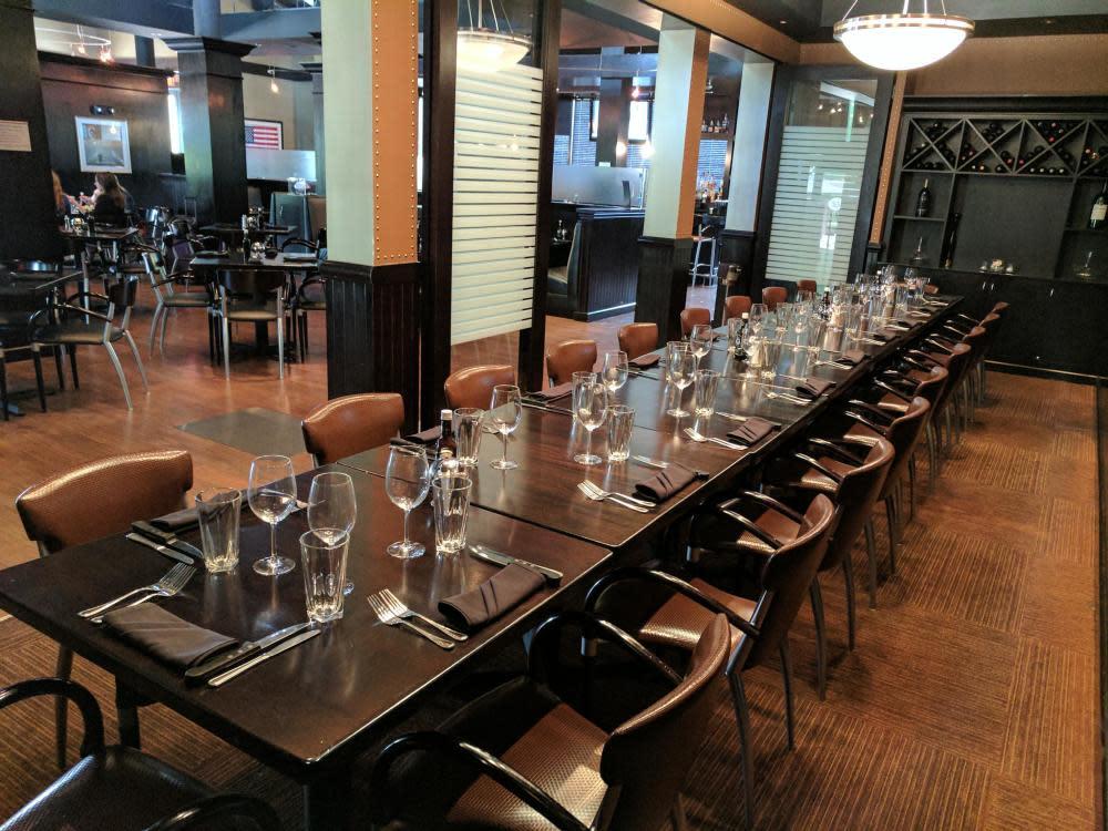 Private Dining - Winning Edge Room Photo 38