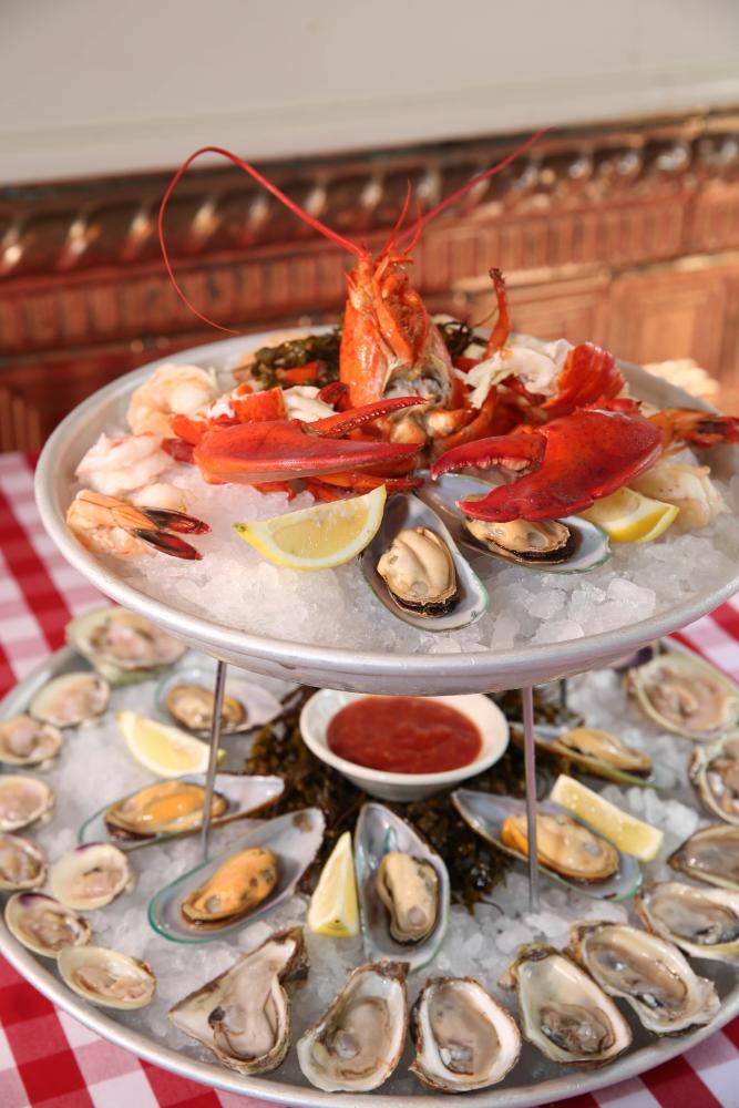 Chilled Durgin Seafood Platter Photo