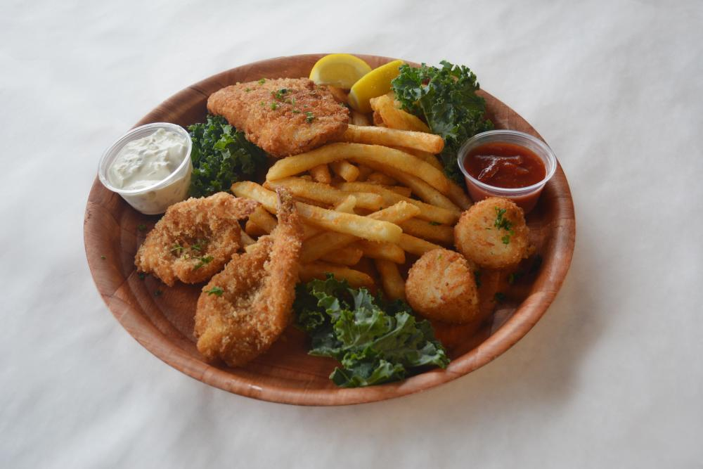 Monday | Fried Seafood Combo Photo